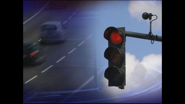 Study suggests red light cameras save lives...but ...