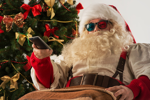 10News WTSP Holiday Programming Guide 2016