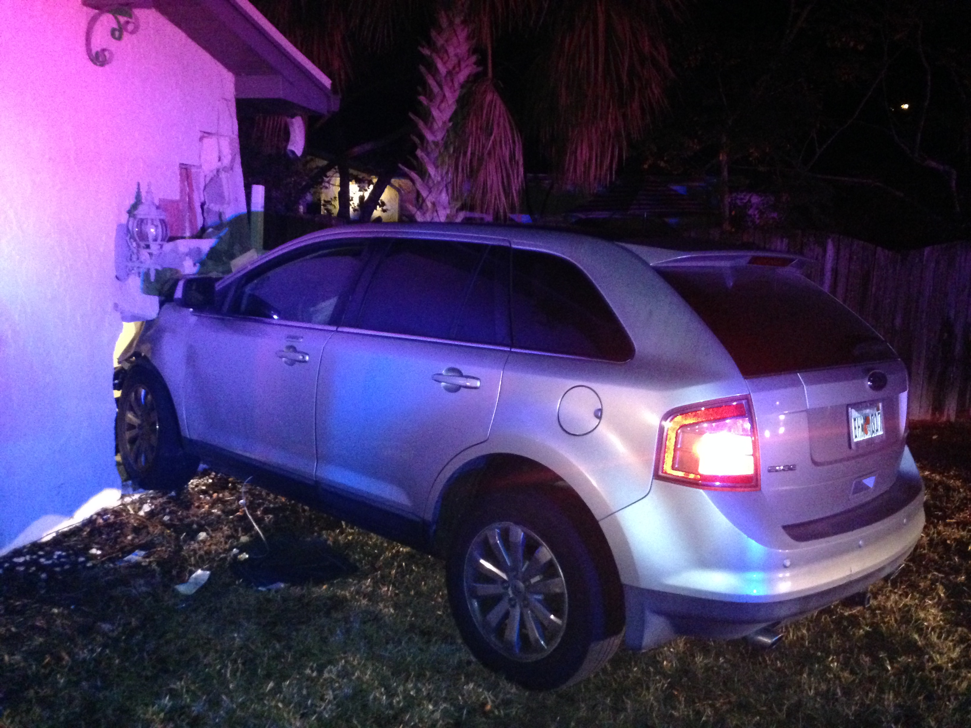 Car Crashes Into House Tampa
