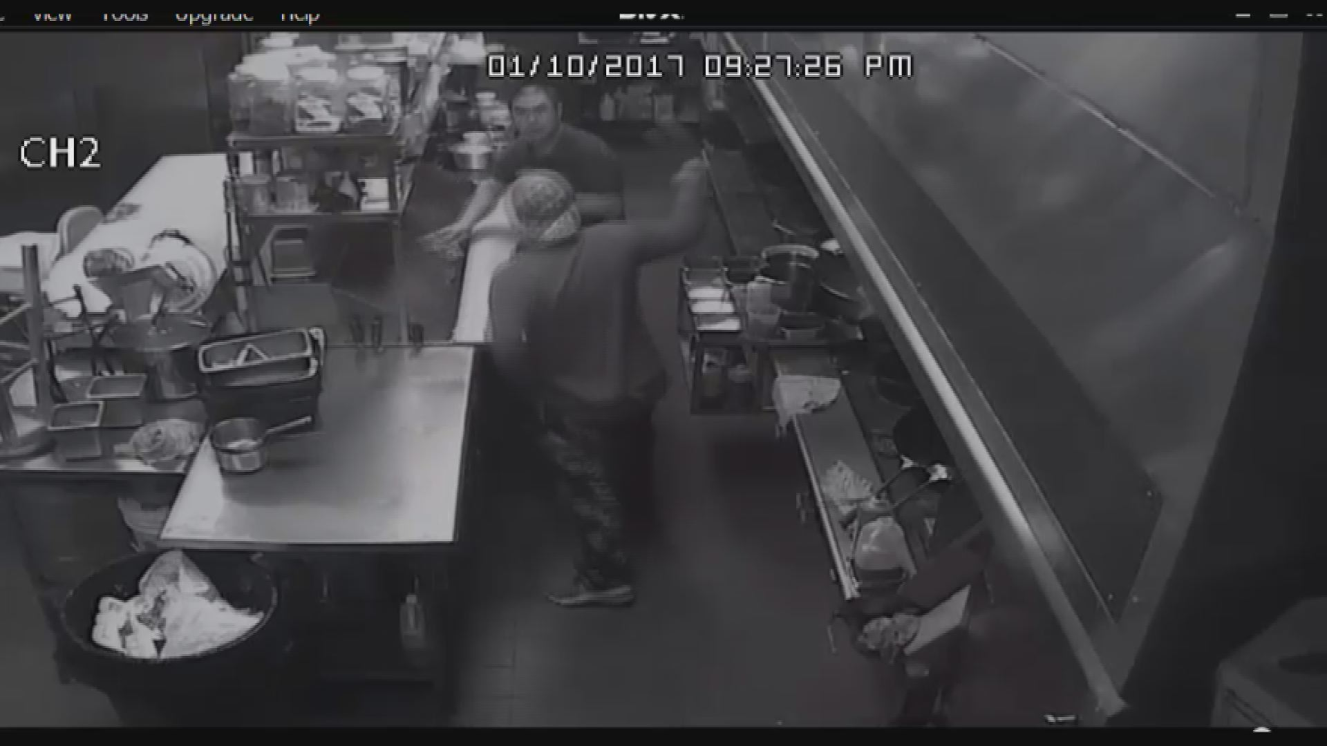 winter haven restaurant cleaver attack caught on camera wtsp com